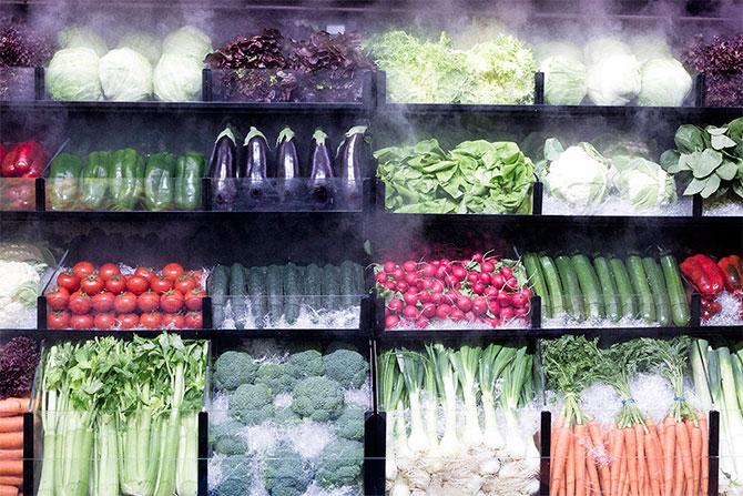 Multiple foods imagen