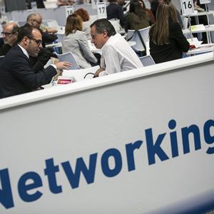 Servicios empresariales y para la economía social